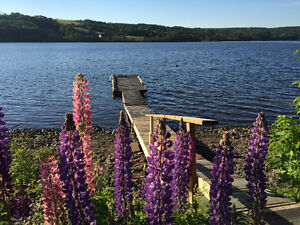 Cozy, Clean Lakeside Cottage, Lochaber Lake, Antigonish, NS