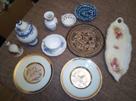 Box of bone China & pottery, including Royal Vale