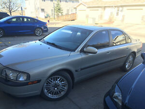 IN EDMONTON!!!!2001 Volvo S80 Sedan