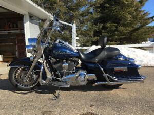 2012 Harley Davidson Road King FLHR