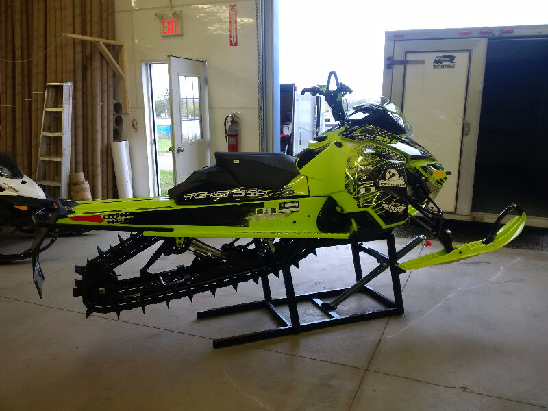 Easy Load Snowmobile Ramps Amp Lifts Made In Canada
