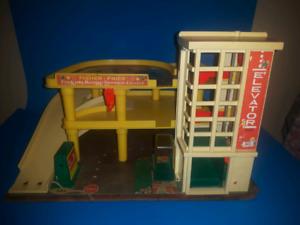 Vintage fisher price auto service  center