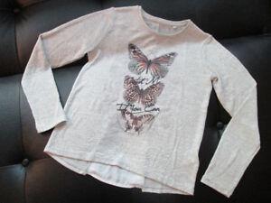 C&A Lightweight Top with Butterflies Size EU 146-152 US 12