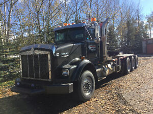 1997 Tri-Drive Kenworth Winch/Log Truck