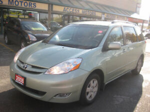 2008 Toyota Sienna LE, Leather, Alloys, Extra Clean, 7 Seater