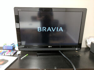 40in Sony Bravia LCD TV with Remote