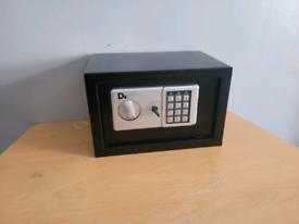 Diall wall safe medium