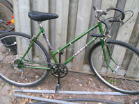 Ladies road bike for sale - needs new tires