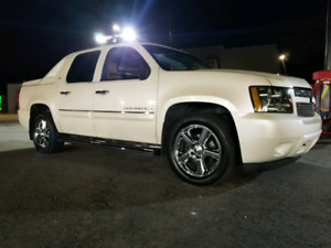 08 AVALANCHE LTZ PEARL WHITE, LOADED & GORGEOUS $17,000 OBO