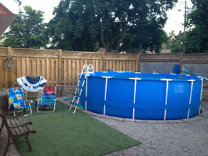15x48  round pool with metal poles