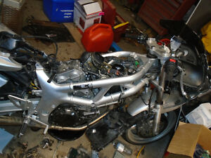 parting out 2002 suzuki 650