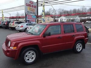 2008 Jeep Patriot North- 2 year Unlimited km warranty included!