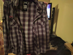 6 long sleeve mens shirts excellent condition 5$ each med-lg