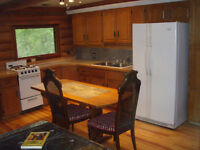 Log Home Available Sept $850/mo