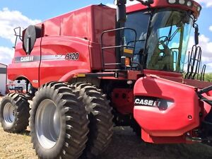 2011 CASE IH 9120 COMBINE WITH 3016 PICKUP..0%/18