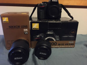 Selling Nikon D5200 with original box and extra lens!