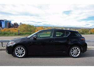 2011 Lexus CT 200h Luxury / TechnologyPackage Hatchback