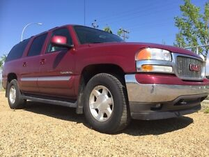 2006 GMC YUKON XL ONE OWNER PERFECT INSIDE AND OUT LOW KMS