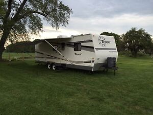 2006 Fleetwood Terry 30 foot camping trailer