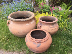 Ensemble de 3 pots de fleur en terre cuite