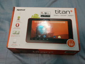 SELLING BRAND NEW TABLET