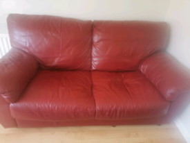 Super comfy 3 and 2 seater leather sofa