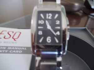 REDUCED TO SELL THIS LADIES ESQUIRE WATCH (CASH AND PICK UP)