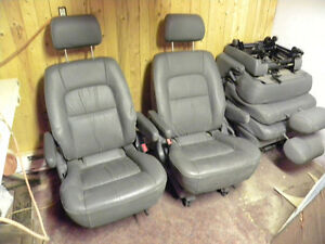 Bucket seats Kia Sedona (2002-2007