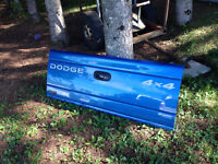 Tailgate 97-03 Dodge Dakota