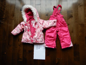 Baby girl's 6-12 months winter jacket and snow pants