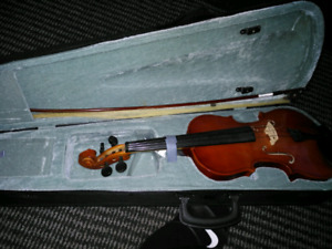 Well crafted violin