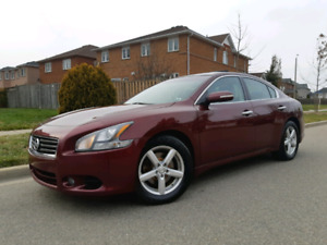 2012 Nissan Maxima SV with Premium Package & Navigation