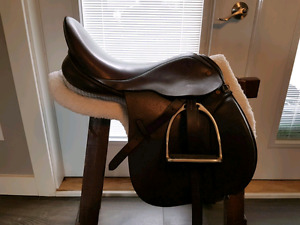 """CLIFF BARNSBY 17"""" all purpose/hunt saddle"""