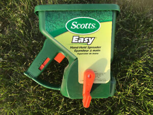 Scott's Hand Fertilizer (NEW)