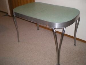Retro Chrome Dining Table - Antique