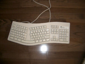 Ergonomic Computer Keyboard - In Mint Condition