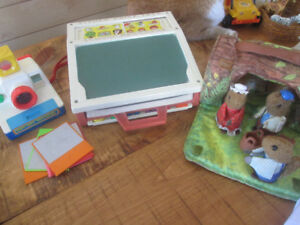 lots fisher price vintage shcoll ,woodsey ,camera