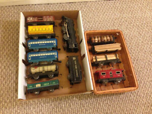Vintage Tin Marx Model Train Collection Engines Cars O Scale