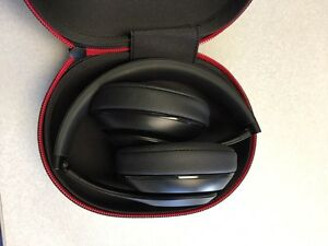 Beats Studio Wireless 2.0 Matte Black LE St. John's Newfoundland image 3