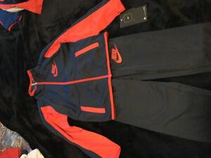 Nike 2 piece set's, 4T, 3-4 years, brand new