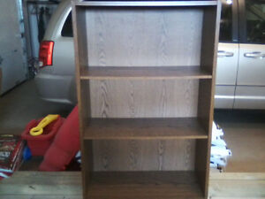2 Bookcases