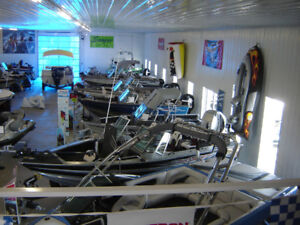 Past Model Boat Clearout SAVE $$ and NO TARIFFS