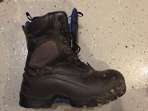 Dakota winter work boots Cambridge Kitchener Area image 2