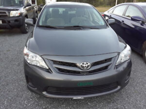 2013 Toyota Corolla CE Sedan ( REDUCED )