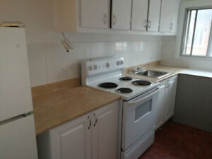 big 31/2 in NDG only $690 per month