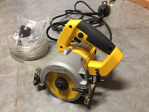 Brand New DeWalt Wet Saw