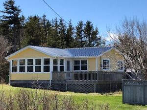 Newly renovated furnished winterized 2 bedroom cottage