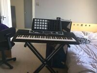 Yamaha YPT-210 Digital Keyboard