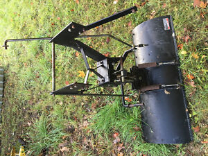 Toro lawn tractor blade, model 79150 Kingston Kingston Area image 2