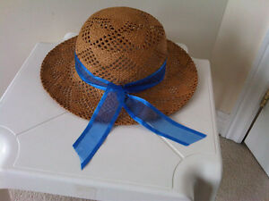 Straw Hat with Ribbon, size : small